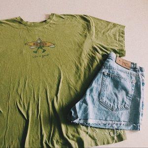 Life Is Good Green Kayak T-shirt